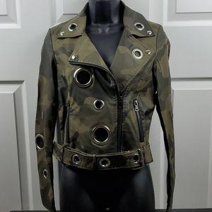 Jackets & Blazers - Beulah Biker Style Camo Jacket W/Grommets - Small